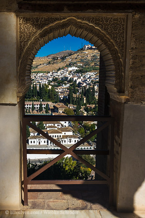 "<span class=""wsc_Subtitle"">Realejo-San Matias, Granada, Andalucía • Spain</span>   View of Granada from Torre de las Damas"