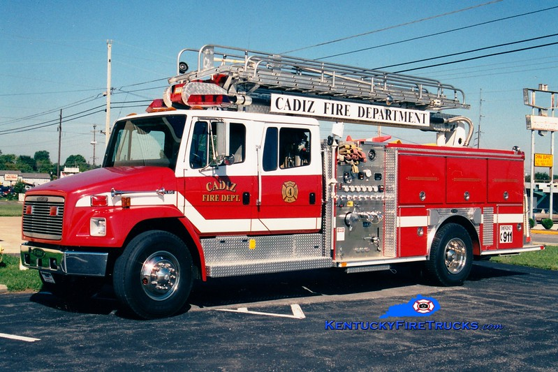 <center> Cadiz Engine 4 <br> 1994 Freightliner FL80/E-One 1250/500/50' Teleboom <br> Greg Stapleton photo </center>