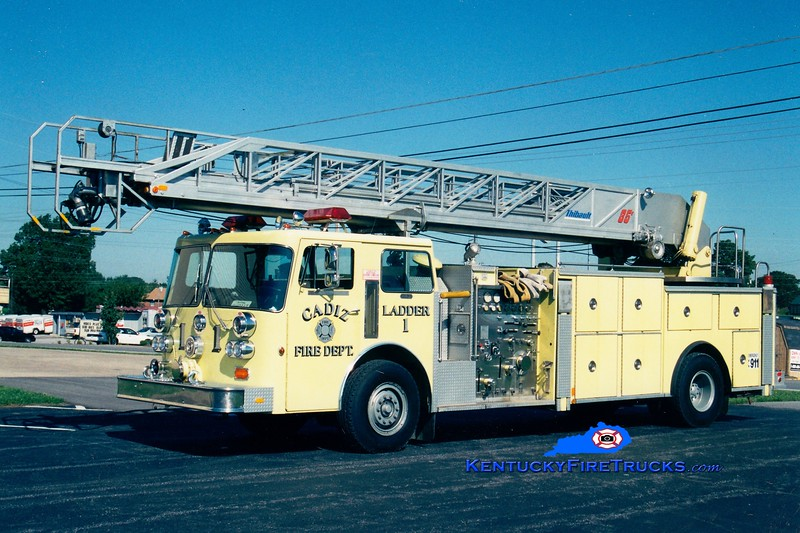 <center> Cadiz  Ladder 1 <br> x-US Army <br> 1983 Duplex D-350/Thibault 1250/250/85' <br> Greg Stapleton photo </center>