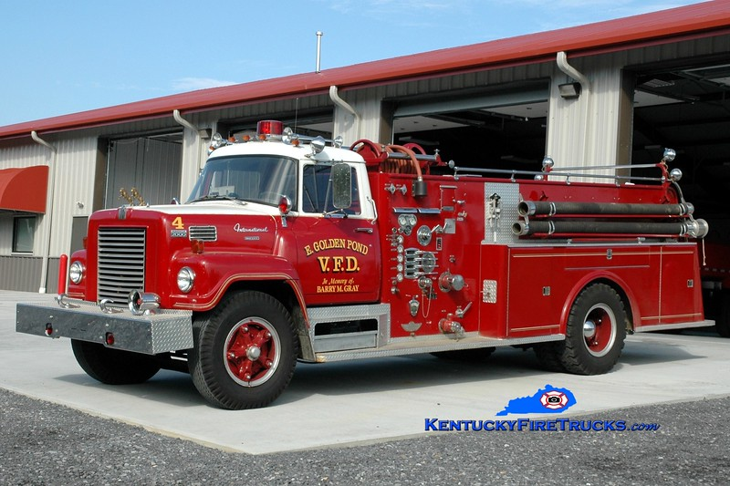 <center> East Golden Pond  Engine 4 <br> 1971 International Fleetstar/American 750/1000 <br> Greg Stapleton photo </center>