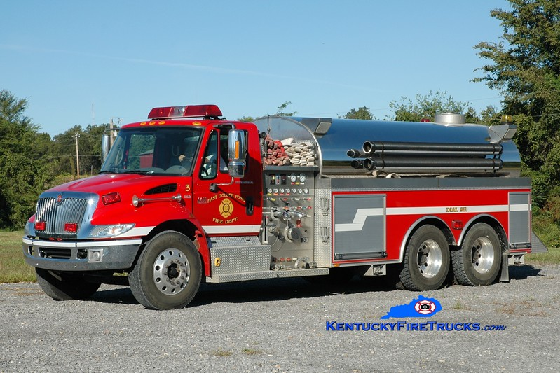 <center> East Golden Pond  Tanker 1 <br> 2005 International 4400/Bluegrass 1250/3000 <br> Greg Stapleton photo </center>