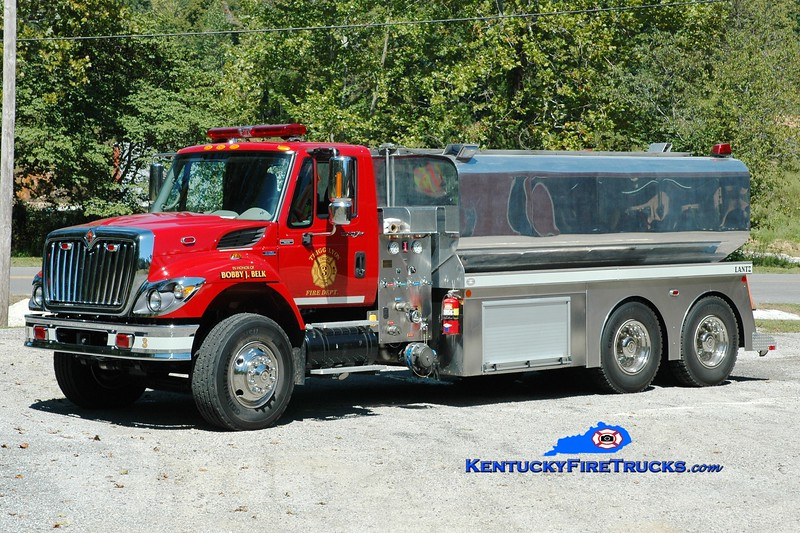 <center> Trigg-Lyon  Tanker 3 <br> 2007 International 7400/Lantz 500/3700 <br> Greg Stapleton photo </center>