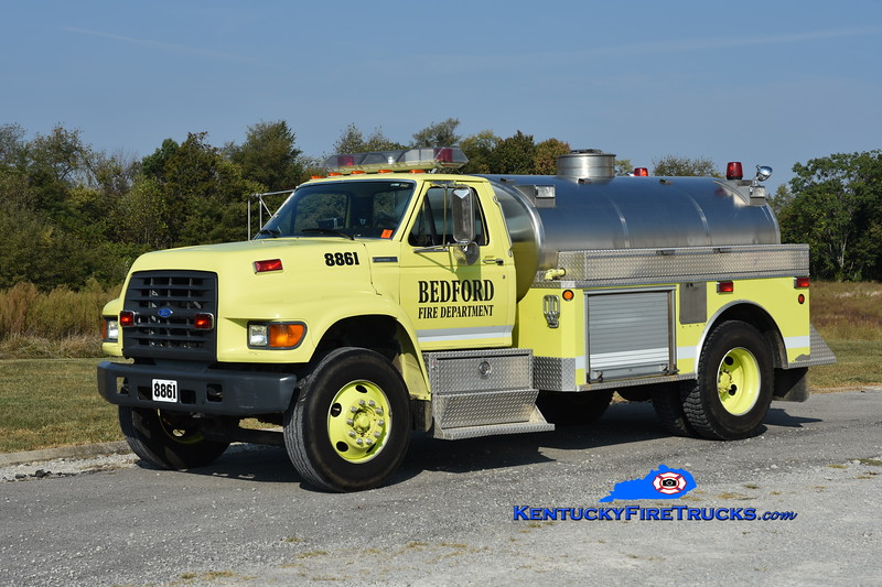 Bedford Tanker 8861<br /> x-Mabel, MN<br /> 1996 Ford F-700/Conway Tank 350/1800<br /> Greg Stapleton photo
