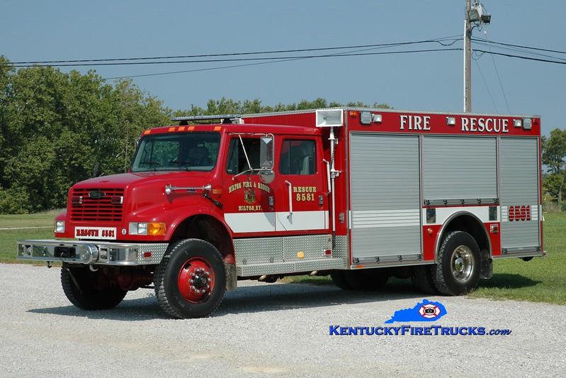 <center> RETIRED <br> Milton  Rescue 8581  <br> x-New Lexington, OH <br> 1990 International 4900 4x4/Pierce <br> Greg Stapleton photo </center>