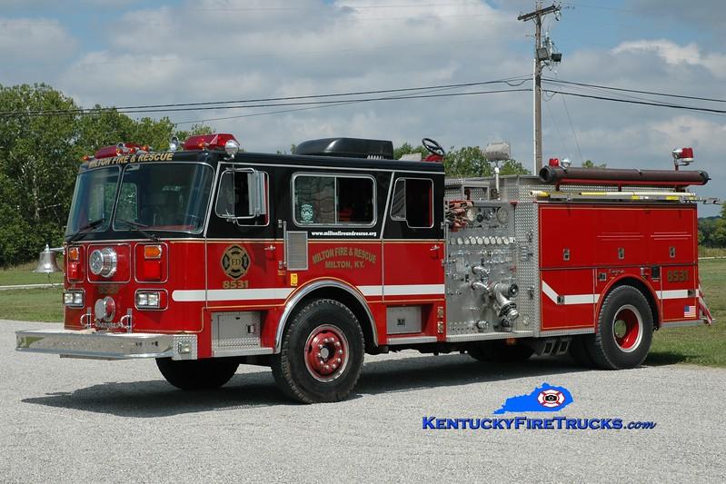 <center> RETIRED <br> Milton  Engine 8531  <br> x-Delran, NJ <br> 1984 Seagrave HB 1500/1000 <br> Greg Stapleton photo </center>