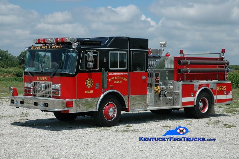 <center> Milton  Engine 8535  <br> x-Tonowanda, NY <br> 1991 KME Renegade 1250/500 <br> Greg Stapleton photo </center>