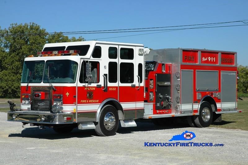 <center> Milton  Engine 8532 <br> x-Cumberland Hills, RI <br> 1996 Spartan Gladiator/Luverne 1250/750/80 <br> Greg Stapleton photo </center>