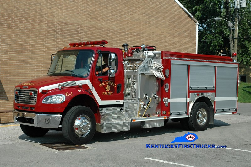 <center> Morganfield Engine 1  <br> 2006 Freightliner M2-106/E-One 1250/1000 <br> Greg Stapleton photo </center>