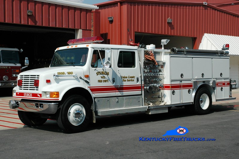 <center> Sturgis Engine 160 <br> 1993 International 4900/E-One 1250/1000 <br> Greg Stapleton photo </center>