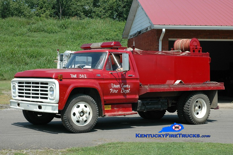 <center> Union County  Tanker 561 <br> 1977 Ford F-600/FD 250/1000 <br> Greg Stapleton photo </center>