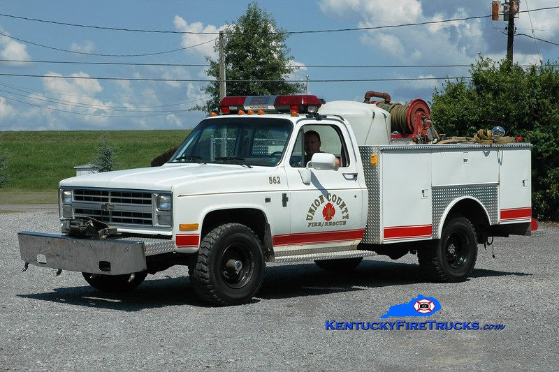 <center> Union County  Brush 562 <br> 1985 Chevy K30 4x4/Warner 250/200 <br> Greg Stapleton photo </center>