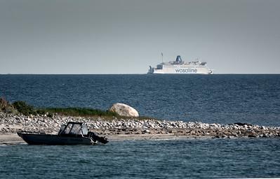 Veneitä ja laivoja    Båtar och fartyg    Boats and ships
