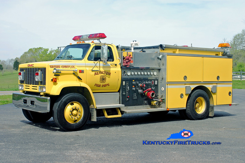 <center> Alvaton  Engine 24 <br> 1989 GMC Topkick/Quality 1000/1000 <br> Kent Parrish photo </center>