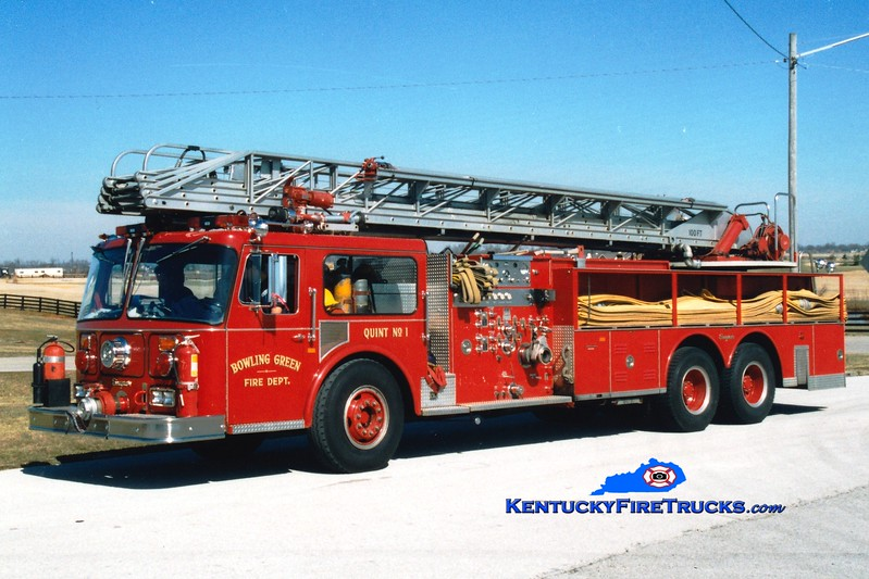 <center> RETIRED <br> Bowling Green  Quint 1  <br> 1982 Seagrave WR 1250/300/100' <br> Greg Stapleton photo </center>