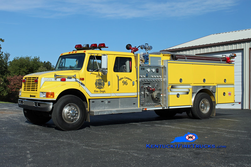<center> Plano  Engine 96 <br> 1999 International 4900/E-One 1250/1000 <br> Kent Parrish photo </center>