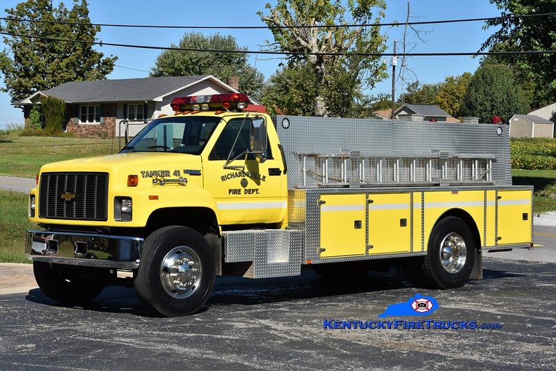 Richardsville  Tanker 41<br /> x-Tanker 47<br /> 1995 Chevy Kodiak/Wimpee's Welding 0/1800<br /> Greg Stapleton photo