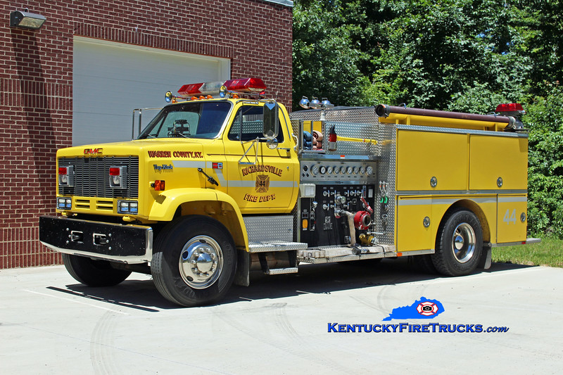 RESERVE <br /> Richardsville  Engine 46<br /> x-Engine 44<br /> 1989 GMC Topkick/Quality 1000/1000<br /> Kent Parrish photo
