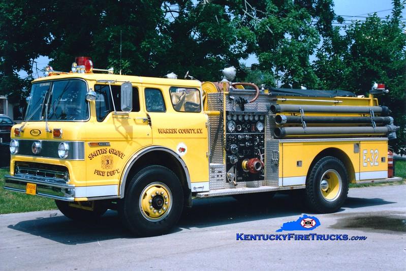 <center> RETIRED <br> Smiths Grove  Engine 32 <br> 1976 Ford C/Pierce 1000/750 <br> Greg Stapleton photo </center>