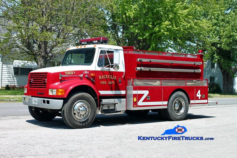 <center> RETIRED <br> Mackville  Tanker 4 <br> 1989 International 4900/Wynn 250/1800 <br> Kent Parrish photo </center>