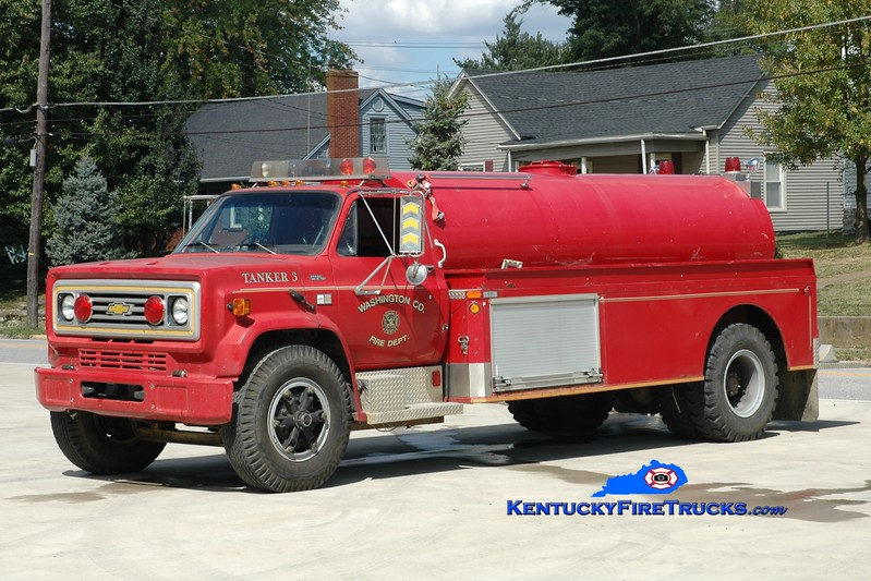 <center> Washington County  Tanker 3  <br> 1988 Chevy C70/Conway Tank  250/2000 <br> Greg Stapleton photo </center>