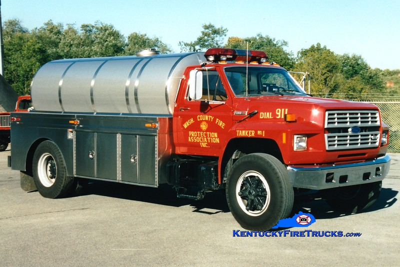 <center> RETIRED <br> Washington County  Tanker 1  <br> 1986 Ford F/Bluegrass 250/2000<br> Greg Stapleton photo </center>