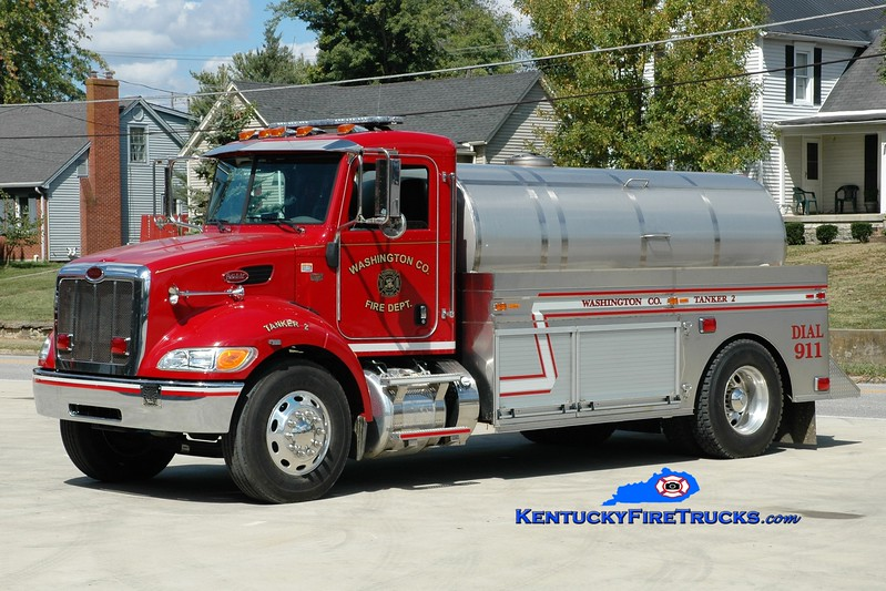 <center> Washington County  Tanker 2  <br> 2011 Peterbilt/2013 Bluegrass  250/2000 <br> Greg Stapleton photo </center>
