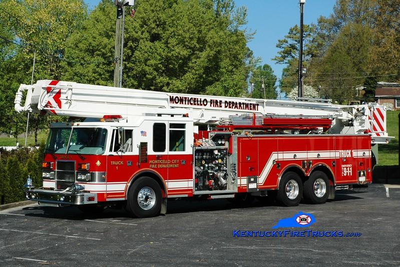 <center> Monticello Truck 1  <br> x-Avalon, NJ <br> 1998 Pierce Dash 1250/500/85' Snorkel <br> Greg Stapleton photo </center>