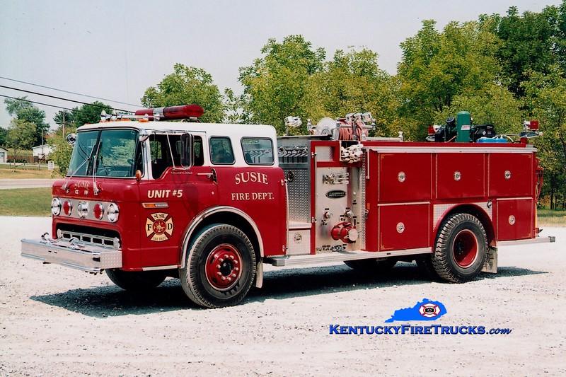 <center> Susie  Engine 5 <br> x-Chandler, IN <br> 1983 Ford C-8000/E-One 1000/750 <br> Greg Stapleton photo </center>