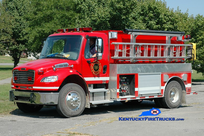 <center> Wheatcroft  Tanker 204  <br> 2009 Freightliner M2-106/Rosenbauer-Central 500/1800 <br> Greg Stapleton photo </center>