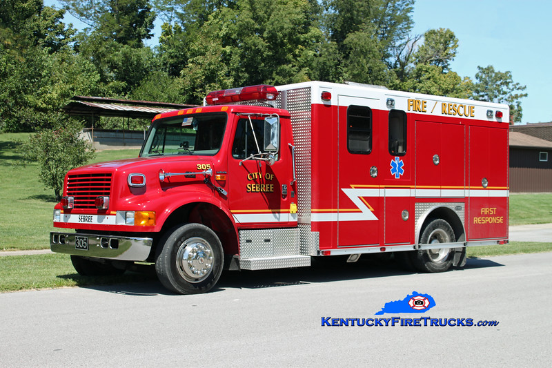 <center> Sebree  Rescue 305 <br> 2000 International 4700LP/E-One/Superior  <br> Kent Parrish photo </center>