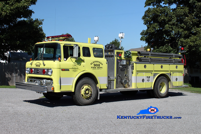 <center> Slaughters Engine 902 <br> x-Hanson, KY <br> 1983 Ford C-8000/E-One 1000/1000 <br> Kent Parrish photo </center>
