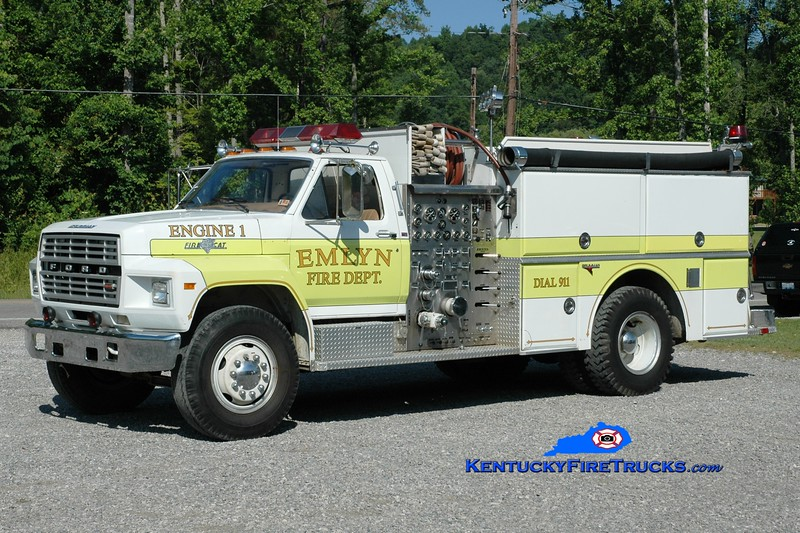 <center> Emlyn  Engine 1 <br> 1983 Ford F/Grumman 1000/1000 <br> Greg Stapleton photo </center>