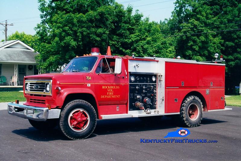 <center> RETIRED <br> Rockholds  Engine 704 <br> 1974 GMC/Pierce 750/1000 <br> Greg Stapleton photo </center>