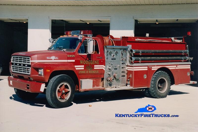 <center> RETIRED <br> Woodbine  Engine 8858 <br> x-Milton, KY <br> 1981 Ford F/Grumman 750/750 <br> Greg Stapleton photo </center>
