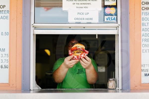 Beach House Burgers-5692
