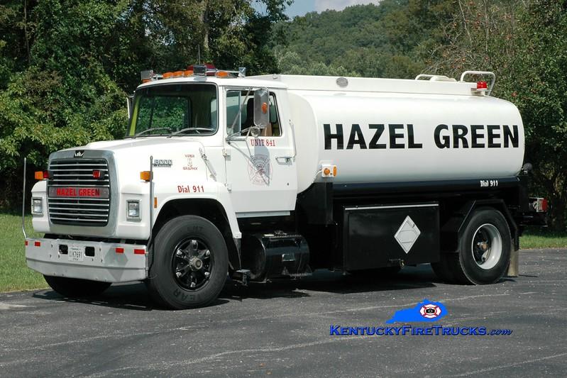 <center> Hazel Green  Tanker 841  <br> 1989 Ford L800/Danco 250/1800 <br> Greg Stapleton photo </center>