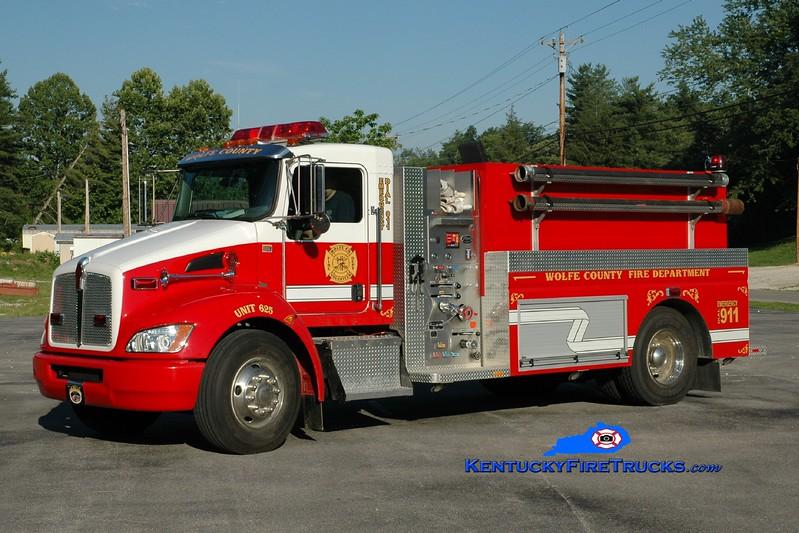 <center> Wolfe County  Engine 625  <br> 2010 Kenworth T-300/Wynn 500/2000 <br> Greg Stapleton photo </center>