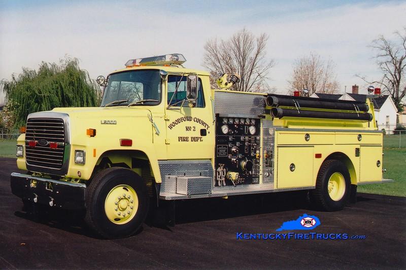 <center> Woodford County  Engine 2 <br> 1976 Ford L9000/Pierce 1250/1000 <br> Greg Stapleton photo </center>