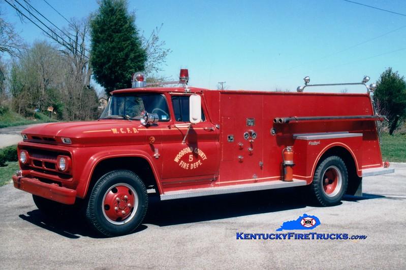 <center> RETIRED <br> Woodford County  Engine 5 <br> 1963 Chevy C60/Central 250/1000 <br> Greg Stapleton photo </center>
