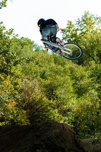 Peynier Dirt Jumping