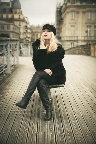 Mélanie, Un Jour de Mars 2020, à Paris