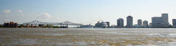 Carnival Dream leaving New Orleans for a 7 Day cruise