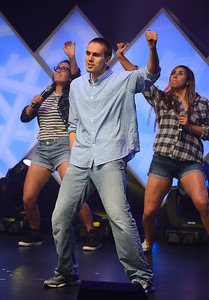 Jackson Simmons does the Nae Nae on stage at the 2014 Rammy's.