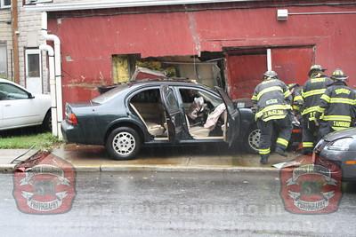 Dumont Car vs. Building Park Ave. 09-06-2011