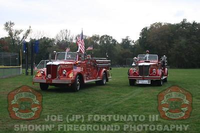 FDNY 343 Memorial Engine at NVFC Parade 10-2-2012