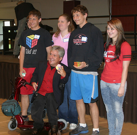 Mark Newman/The Ottumwa Courier<br /> Five students from Centerville High School get their photo taken with reality TV icon Matt Roloff after his speech at the Indian Hills Community College diversity conference Friday.