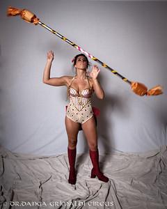 W Circus-00502