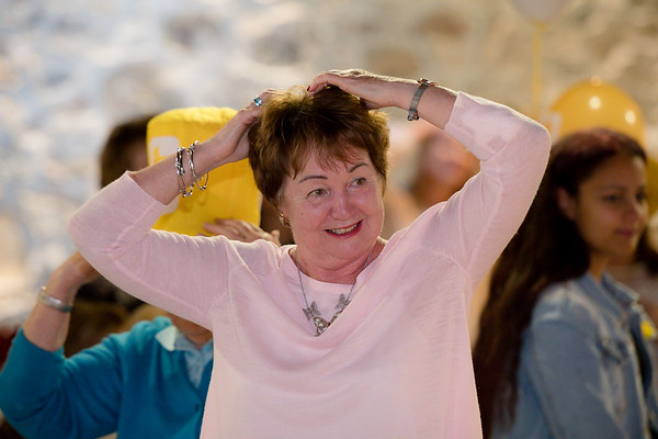 Irene McLaughlin participates in the heads or tails competition at the 2018 ladies lunch for Marie Curie)  PHOTO BY JOHN PAUL PEEBLES OF ABRIGHTSIDE