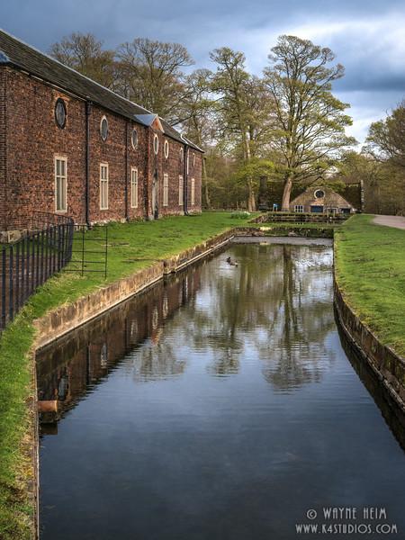 Canal Side   Photography by Wayne Heim