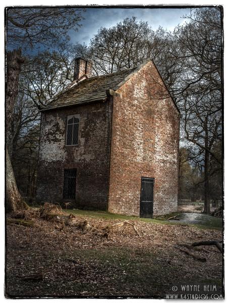 Smoke House    Photography by Wayne Heim